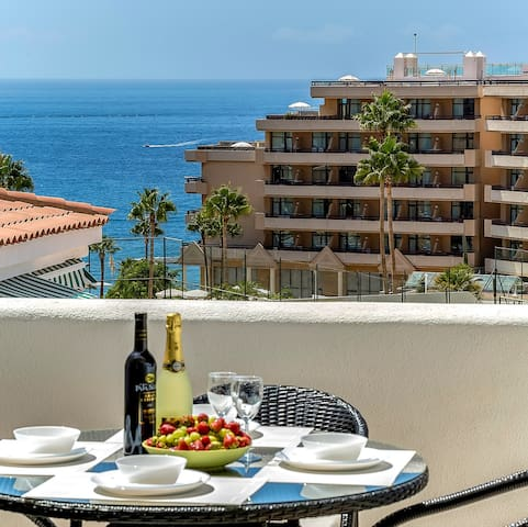 4-Costa Adeje, vista al mar, WiFi, A/C, playa 250m