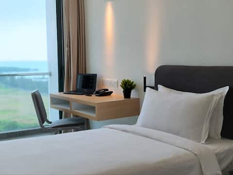 SGR The Community, Sea-view Twin Bed Room