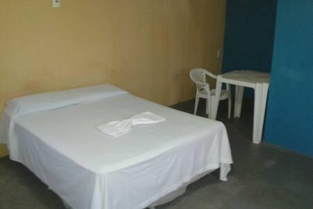 Apartamentos prox do Aeroporto - Manaus - Bed & Breakfast