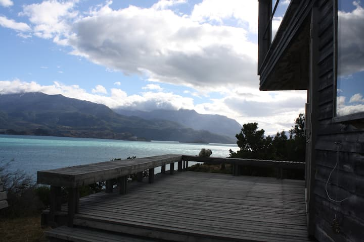 puerto rio tranquilo, patagonia