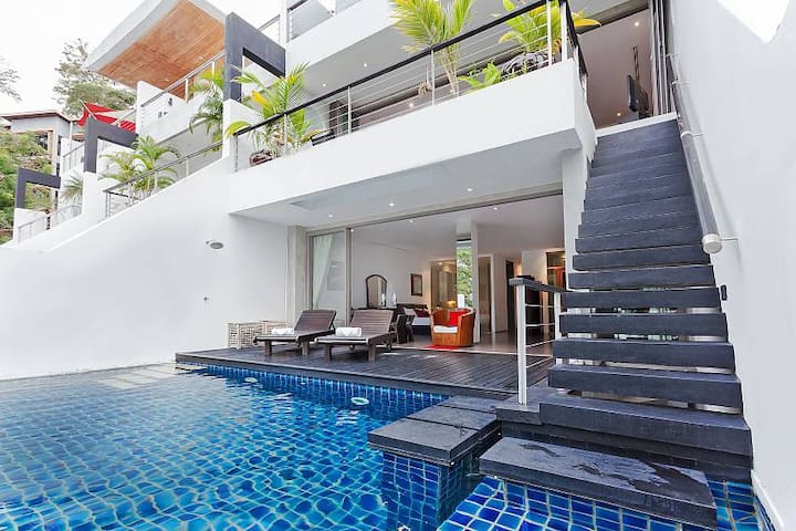 Seductive Sunset Villa Patong A7 | 3 Bed Poolhome