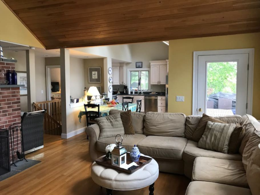 Family room overlooking Lake