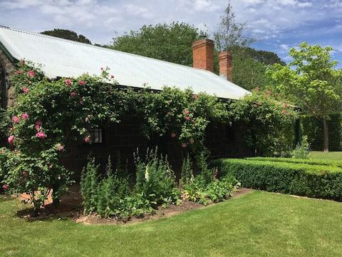 Mount Mitchell Cottage