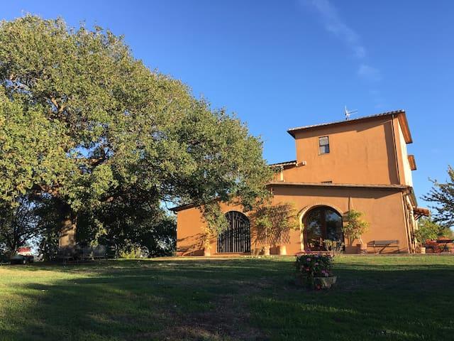 Splendido Casale antico in Maremma Toscana