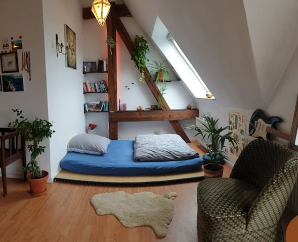 Big n cozy room in Neukölln's best location :)