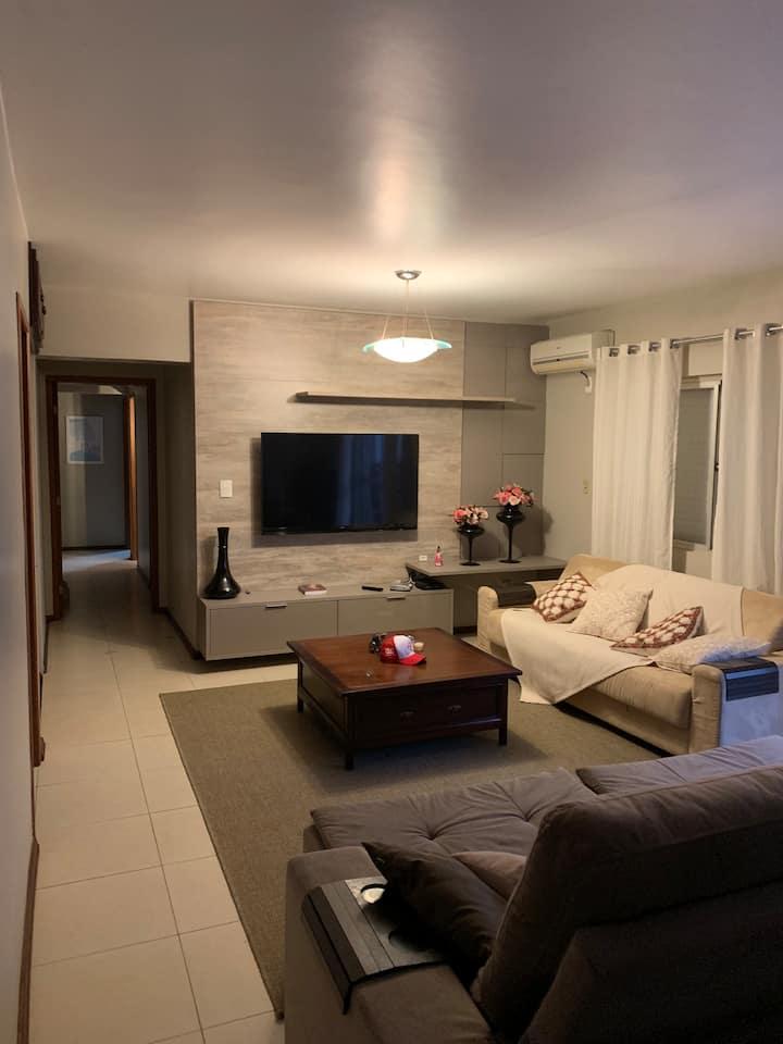 Apartamento 3 quartos no coração de Santa Maria