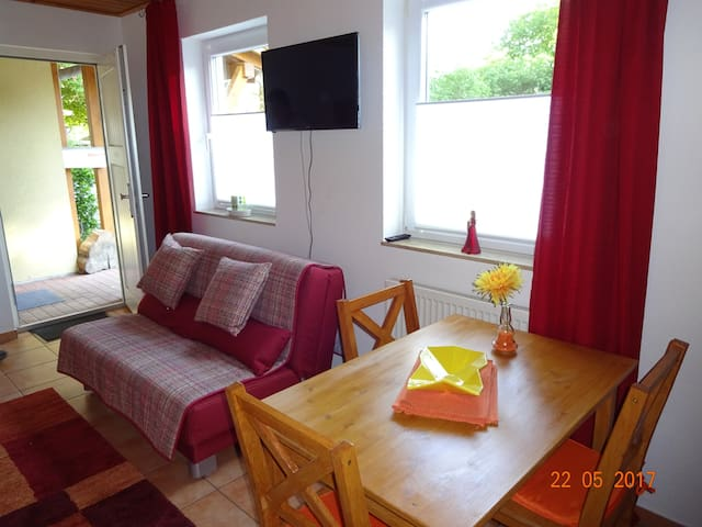 Holiday apartment in lovely valley (Jakobsweg)