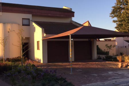Lovely home in Port Owen - Velddrif - Rumah