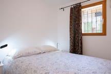 Chambre orientée vers le Sud avec un lit de 160 *200 ou 2 lits de 80 *200