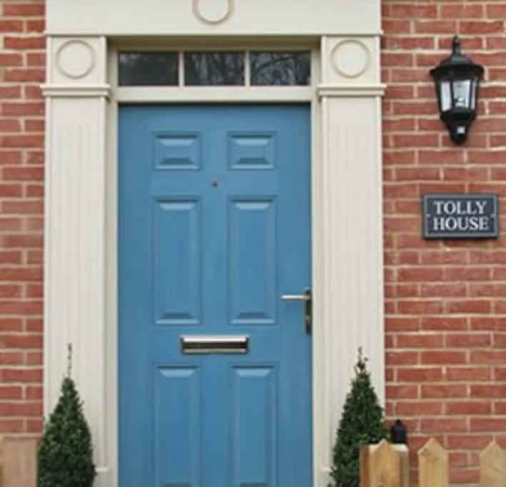 Grand door to Tolly House.