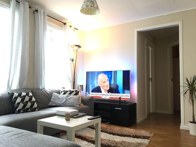 Neat double bed room in Stavanger Centrum