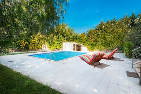 HomeSeeker Collection | Villa Pathos - Corinth - 別荘
