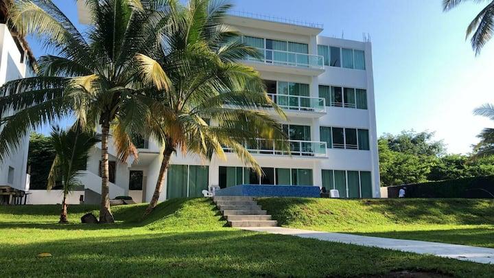 Mundo Imperial La Isla SUIT FLORIDA 4 personas
