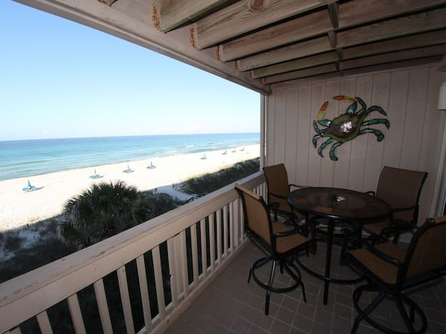 Updated Beachfront 2 Bedroom Townhome with a Community Pool