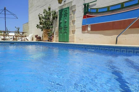 Tal-Bir Farmhouse Villa with Private Pool - Nadur - Villa