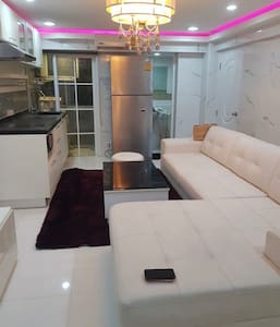 Newly renovated 2 bedroom  Condominium in Bangkok
