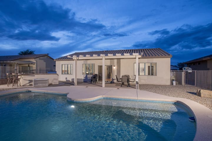 Casa Royale Resort Style 3 BR Home/ PVT Pool/ Surprise