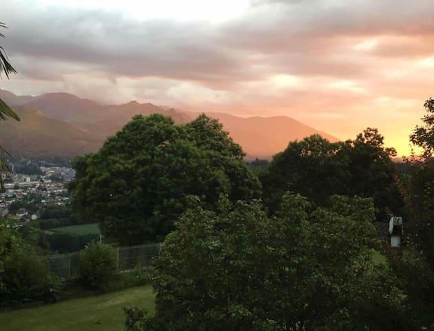 Vue imprenable sur les Pyrénées