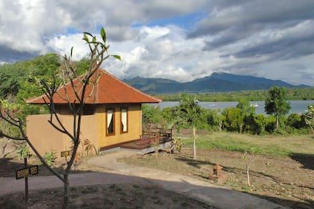 Bayview Lodge - Gerokgak