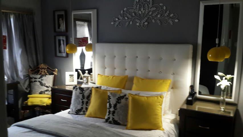 Toni Mitchell B & B luxuary en suit - Cape Town - Dům