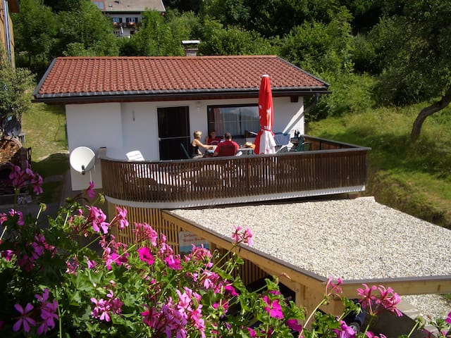 Bungalow am Weissensee mit Privatstrand