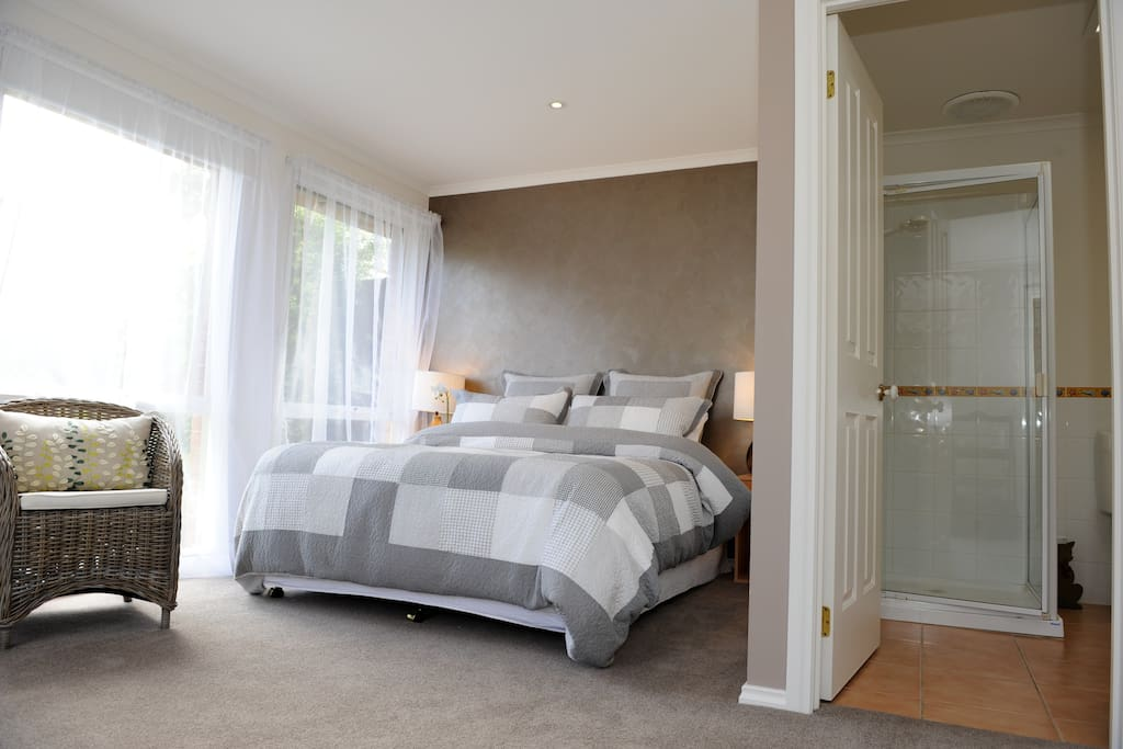 Every bedroom has an ensuite and queen bed plus many other amenities