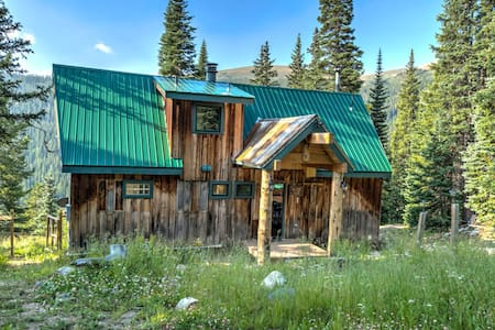 Quandary Peak Cabin Bed & Breakfast - Breckenridge