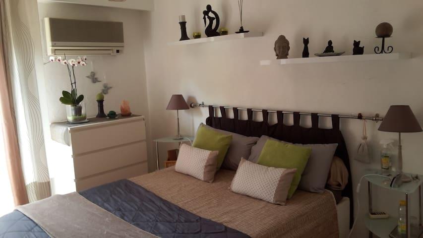 Belle chambre donnant sur jardin