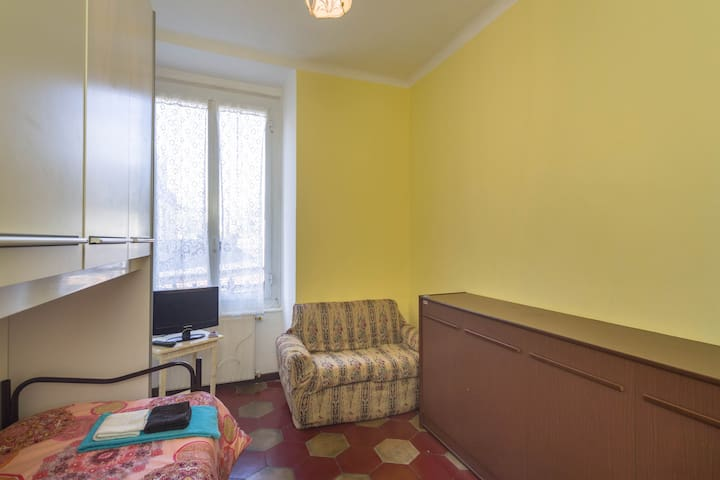 Single Room  in Genoa-Pegli - Gènova - Pis