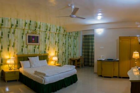 MVR Superior Rooms Ganpatipule Ratnagiri