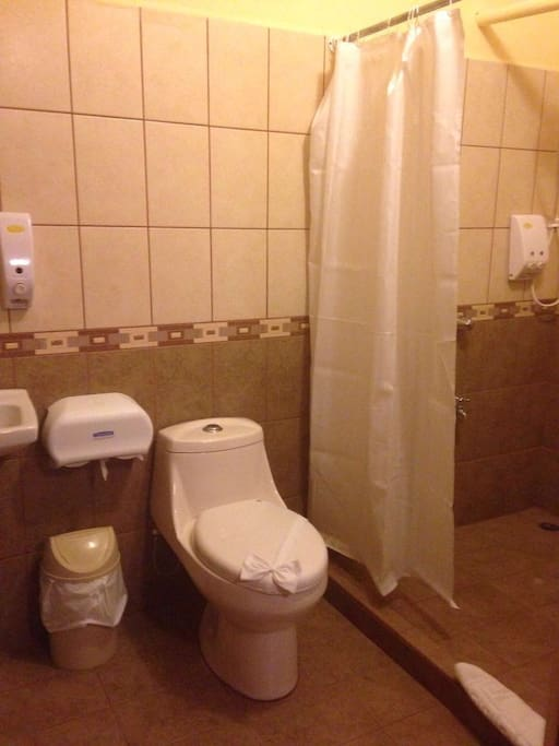 2 Bathrooms with hot water.