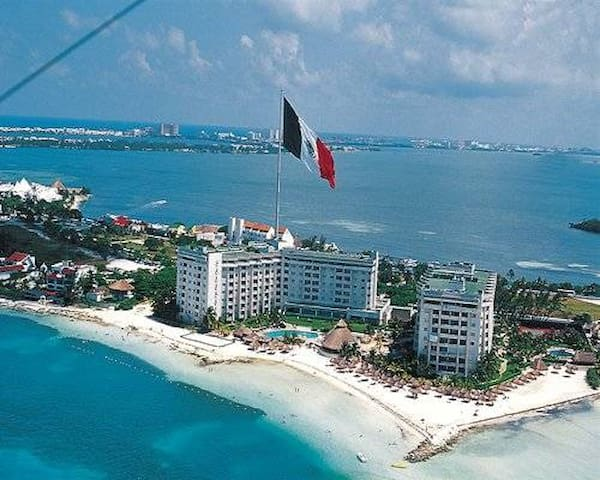 LAST MINUTE 1 br vacation condo Cancun, Mexico