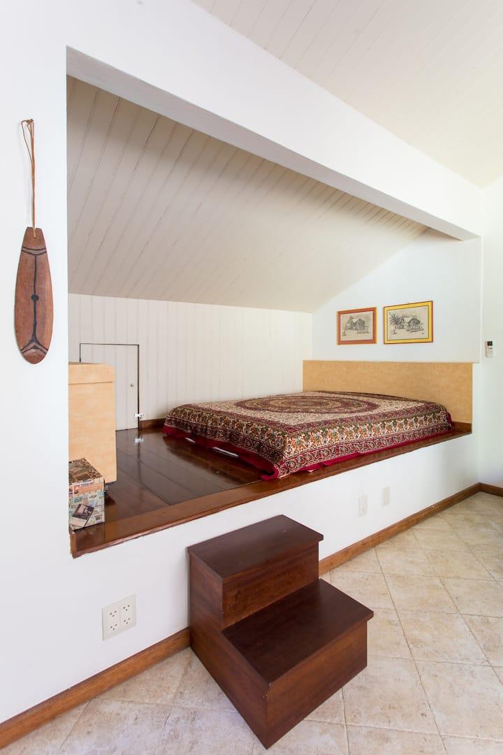 URCA: Charming private suite