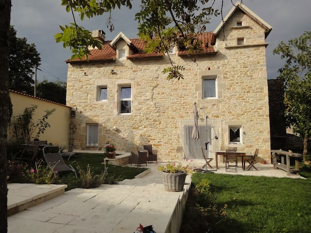 maison vieille - Martiel