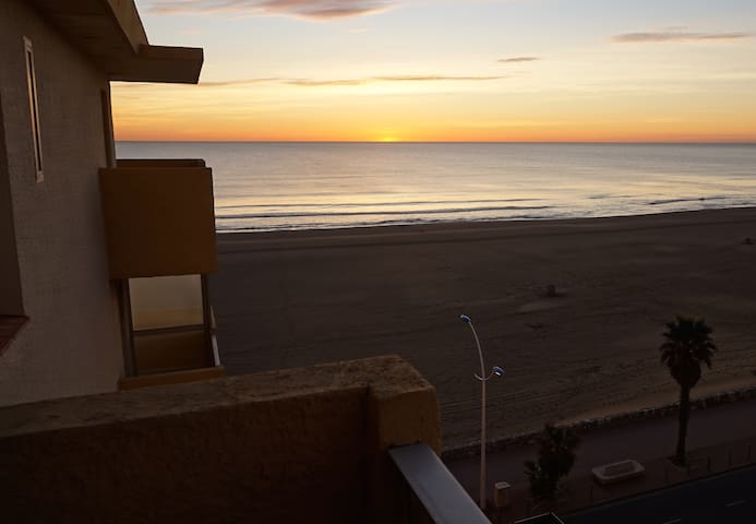 Seaside rental+view for 4 persons