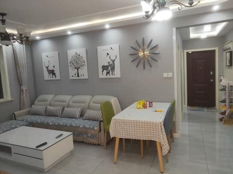 温馨地中海风格三居室