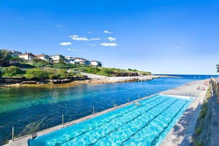 Clovelly Beach Apt. Perfect Location!! - Appartement