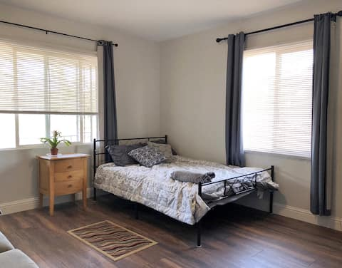Spacious private room /Japantown/Airport /Downtown