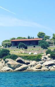 Villa Venus Paradise - Λαγονήσι - Talo