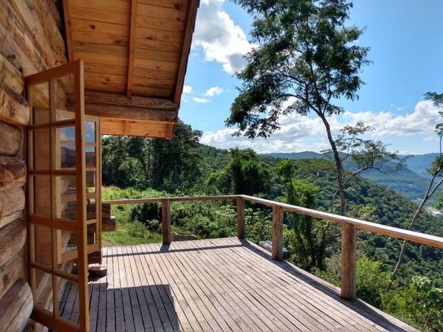 Cabana Sabiá é a mais reservada do Morro do Vento!
