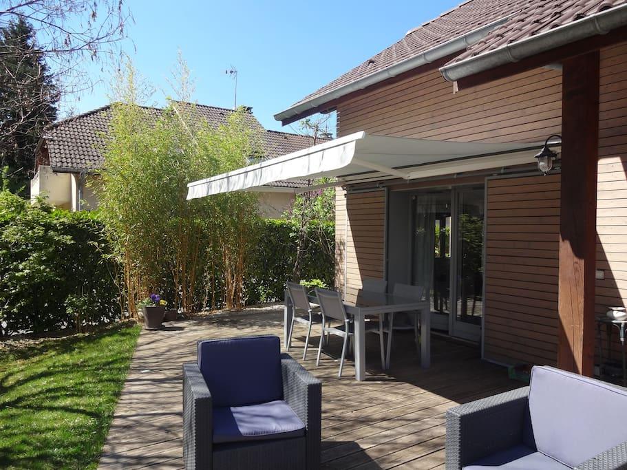 Maison zen avec jardin maisons louer annecy le vieux for Annecy maison a louer