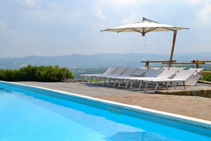 Villa privata con piscina Verduno - Verduno - Willa