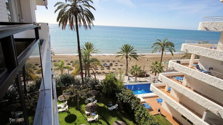 Lovely 1 Bed Apartment w/ WiFi + Sea Views in Skol