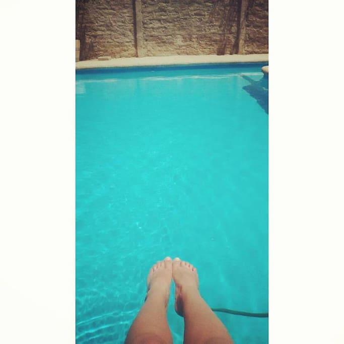 Disfrutando la piscinita