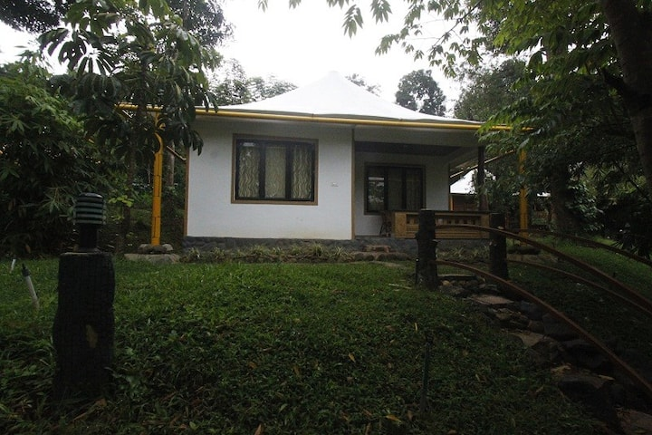 PugmarksWayanad Air conditioned cottage