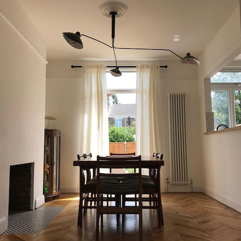 Stylish 3 bedroom house, perfect for longer stays