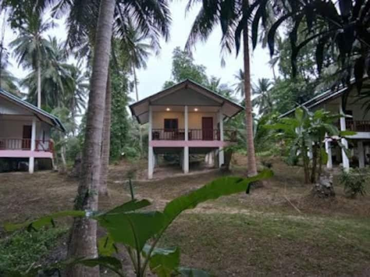 Bungalow with Kitchen in the nature in Baan Thai