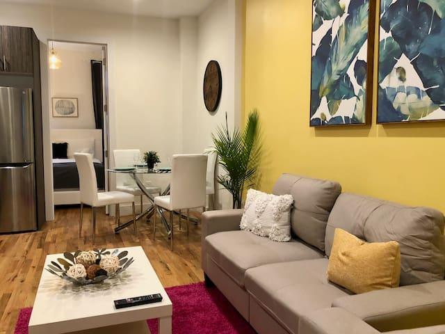 Bright Brooklyn Apartment!!