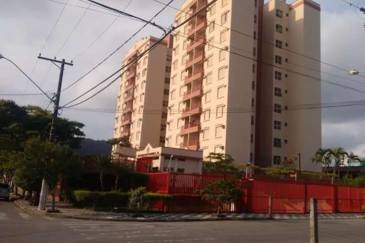 Excelente Apartamento na Enseada - Guarujá (SP)