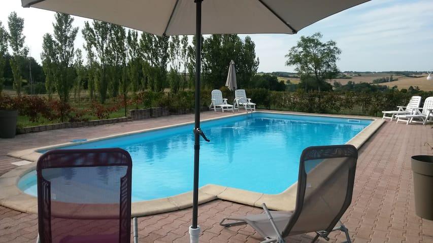 Gite 2/4 personnes avec piscine - Salvagnac - Apartemen